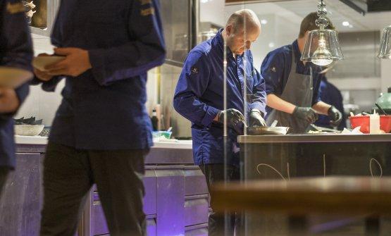 Autoctono, autentico: al Terra, in val Sarentino, lo chef Schneider va alla scoperta della natura che lo circonda
