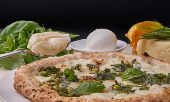 Pizza con i fiori di zucca, la ricetta dell'estate di Enzo Coccia