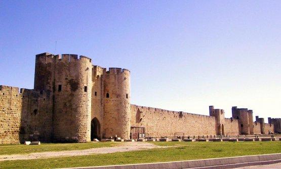 La Tour de Constance e i suoi bastioni nella paese di Aigues Mortes