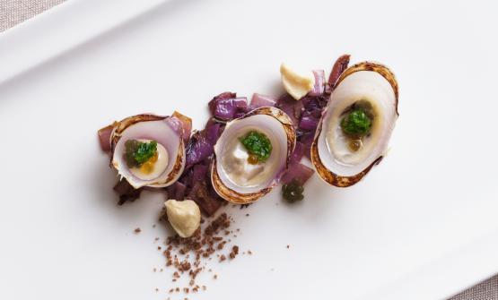 Ostrica da sbarco è la ricetta 2017 di Piergiorgio Siviero, chef-patron del Lazzaro 1915 di Pontelongo (Padova)