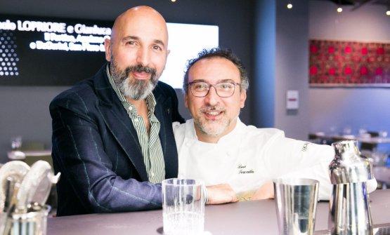 Con il coordinatore delle cucine dell'Hub, Andrea Ribaldone