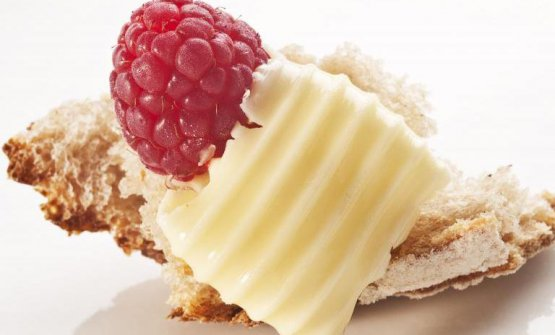 2012: Pane, burro salato & lampone di Paolo Lopriore  Un piatto profondamente