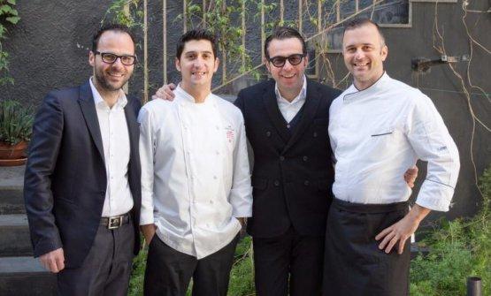 Luciano Pennisi, lo chef Giovanni Santoro, Leonardo Pennisi e il sous chef Marco D'Agati sono gli artefici del successo dello Shalai, a Linguaglossa, pendici dell'Etna