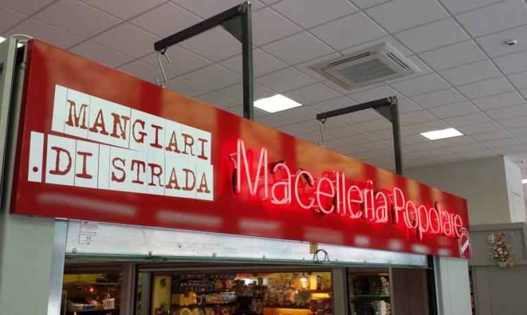 The sign characterising the counter at Macelleria Popolare