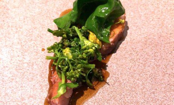 Maiale, zucchini e broccoli