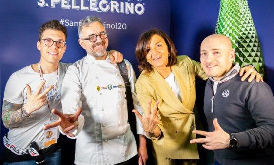 Con Mauro e Catia Uliassi (al centro)