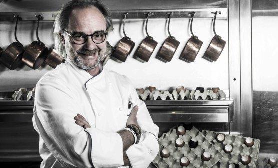 Marco Sacco, chef del Piccolo Lago di Mergozzo - Verbania, sarà il prossimo ospite dell'Hub di Identità Golose Milano. Sacco ha recentemente assunto la responsabilità della cucina del ristorante torinese Piano35