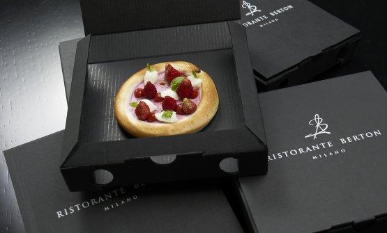 Pizza meringa, lampone e fragoline di bosco(foto Marco Scarpa)