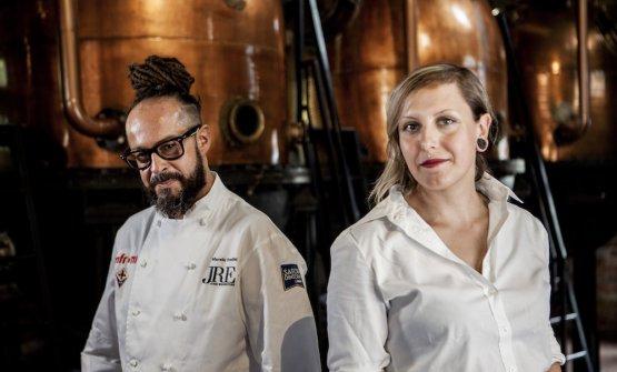 I primi classificati:lo chef Marcello Trentini del ristorante Magorabin di Torino con la bartender Carlotta Linzalata