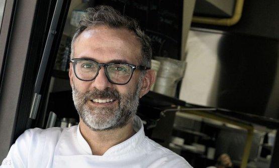 Massimo Bottura sarà il padrone di casa, a Modena