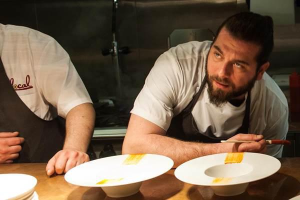 Matteo Tagliapietra, chef del Local di Venezia, cresciutoallaLocanda Cipriania Torcello, allaLocanda Locatelli,alNobudi Londra, passando per ilNomadiRene Redzepi