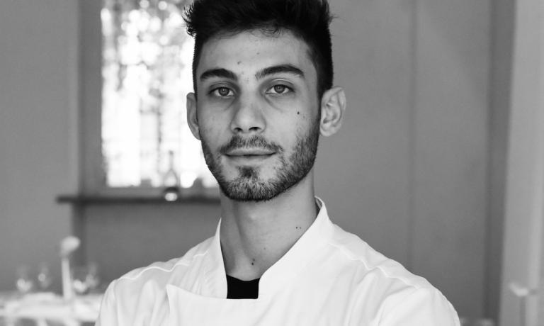 Sono dieci i finalisti del Premio Birra Moretti Grand Cru e i loro piatti (sopra, Matteo Rubini). A questo link è possibile votare le ricette, fino al 14 ottobre