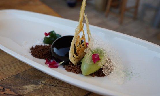 Dark chocolate mousse, wild fennel ice cream, crispy fennel and mint gelatine