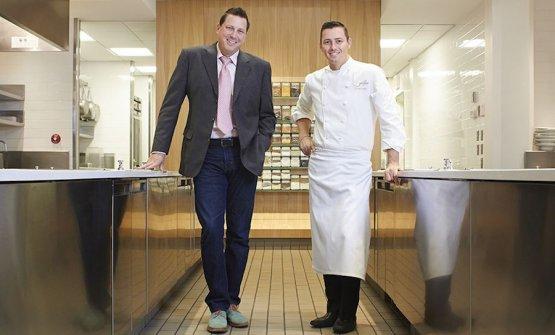 Michael Muser e Curtis Duffy, rispettivamente manager e chef di Grace a Chicago, locale chiuso a dicembre 2017, nello scatto di Jason Little