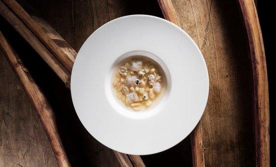 E il suo piatto:Minestra tiepida di frutti di mare, canocchie, cavatelli e patate