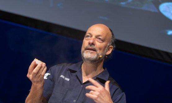 Moreno Cedroni spiega in Spagna tutta la nobiltà della pasta