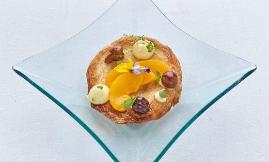 Crunch di sfogliatella napoletana con crema e amarene