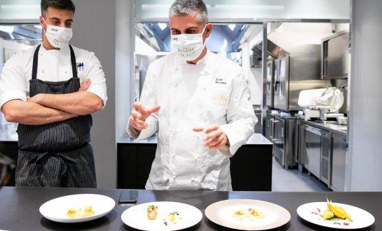 Nicola Fossaceca e al suo fianco il resident chef di Identità Golose Milano Simone Maurelli