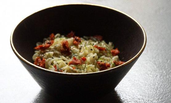 Noodles freddi, emulsione di aglio, olio, 'nduja