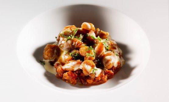 OGGI 1.Gnocchidi tarallo, ragù di agnello e pollo, panna, aceto e rosmarino