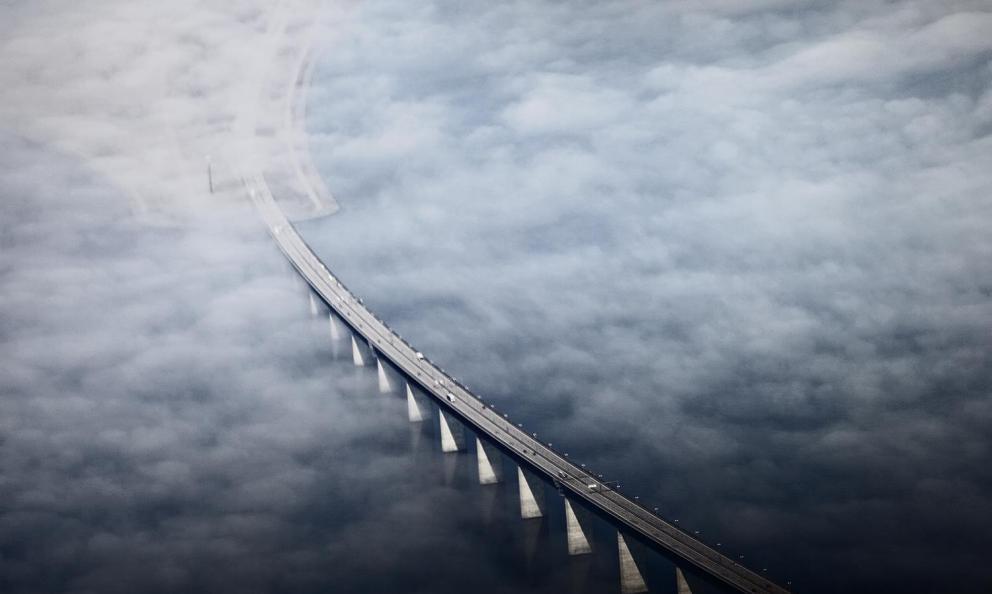 Il ponte diØresund, 15,9 km che uniscono Copenhagen a Malmö dall'1 luglio 2000. E' il più lungo ponte d'Europa(fotoJoachim Adrian/Polfoto/Ritzau)
