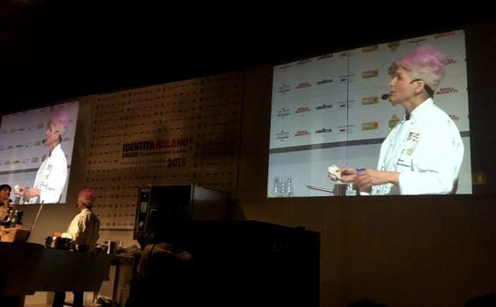 Una lezione di Cristina Bowerman a Identità Milano