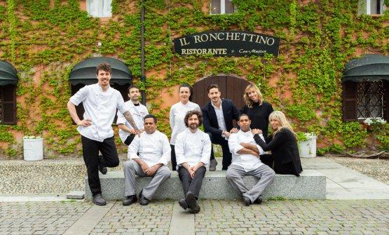 La brigata de Il Ronchettino, al centro lo chef Fe