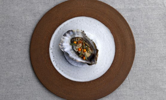Carnita of oyster and sea-buckthorn (photo Jason Loucas)