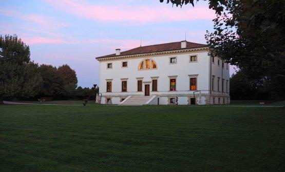 La villa Pisani Bonetti, progettata da Andrea Palladio...