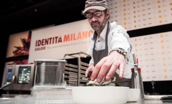 Lo chef francese di stanza a Shanghai Paul Pairet: è stato uno dei molti ospiti stranieri dell'edizione 2017 del Congresso milanese di Identità Golose (tutte le foto Brambilla / Serrani)