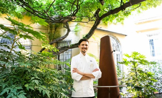 Paolo Griffa nel cortile interno di via Romagnosi