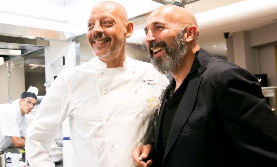 ConAndrea Ribaldone, coordinatore della cucina dell'Hub, e il resident chefAlessandro Rinaldi