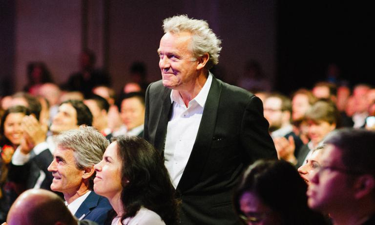 Alain Passard, leggenda della ristorazione francese, suo l'Arpège a Parigi, ha ricevuto a New York il riconoscimento alla carriera. Copyright The World's 50 Best Restaurants
