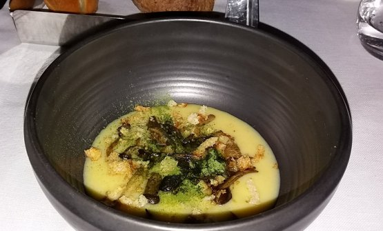 """Patate e funghi, piatto esemplificativo della """"filosofia in cucina"""" dello chef"""