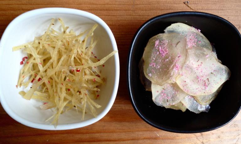 Patate in stick e in sfoglia con polvere di sakura di Daniela Cicioni