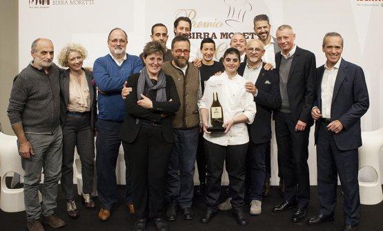 La premiazione dell'edizione 2017/2018: al centro la vincitrice, Solaika Marrocco (foto Sonia Santagostino)