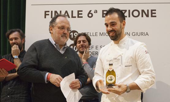 Paolo Marchi alla premiazione di Alberto Basso per