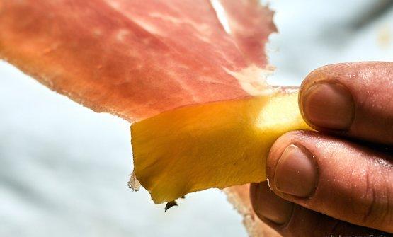 Involtino di ananas e prosciutto San Daniele. Foto Luciano Furia