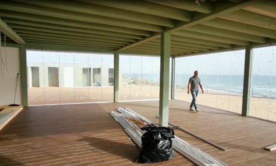 Un'immagine del locale di Bovo Marina in cui Perbellini e la sua sua squadra stanno lavorando per una nuova Locanda