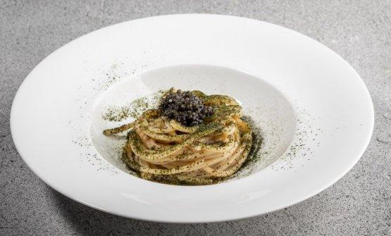 Spaghetto freddo affumicato, ostriche e caviale