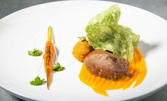 Maiale, anguilla, carote, salsa Yakitori