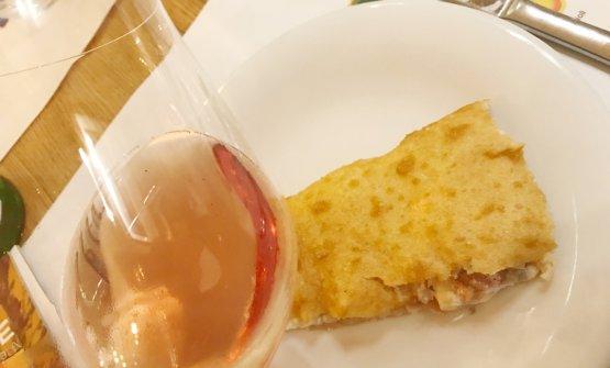 Pouillon Rosé in abbinamento alla pizza fritta