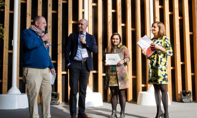 Da sinistra: Paolo Marchi, Alessandro Locatelli Expo project manager per Acqua Panna S.Pellegrino, Caterina Ceraudo e Lisa Casali
