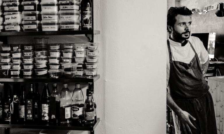 Christian Puglisi, chef sicuro-norvegese. Ha tre locali a Copenhagen, dopo essere stato secondo di Rene Redzepi al Noma