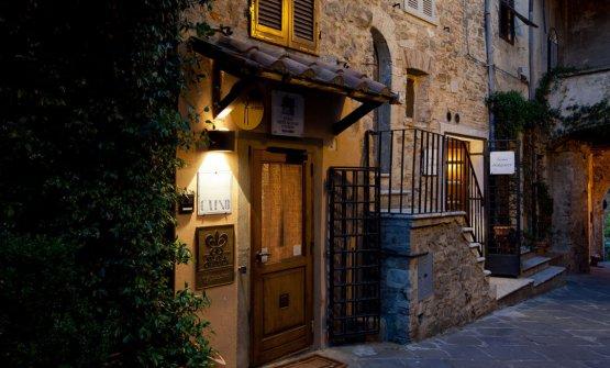 L'ingresso del ristorante in Maremma (foto Laura Tessaro)