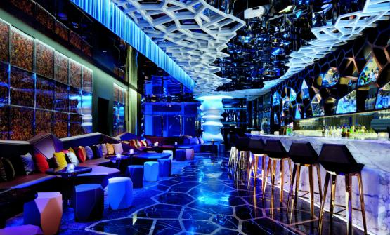Ozone Bar, the rooftop bar of the Ritz-Carltonin Hong Kong