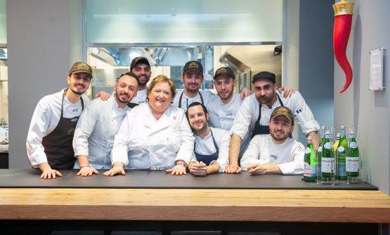 Valeria Piccini col team di Identità Golose Milano, un anno fa
