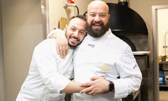 L'abbraccio con Alessandro Rinaldi, resident chef di Identità Golose Milano