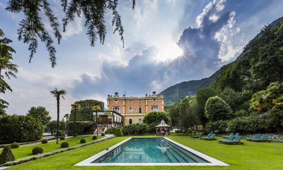 Villa Feltrinelli in a photo by Richard Haughton