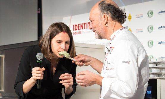 Cedroni con la presentatrice di Identità di Gelato, Annalisa Zordan